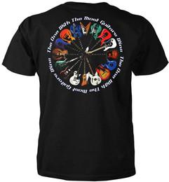 Des images intéressantes L'un avec le plus de guitares gagne le T-shirt à manches courtes à manches courtes en coton ? partir de fabricateur