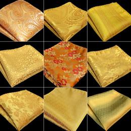 2019 broches de penas laranja Frete Grátis Mens Bolso Quadrado de Ouro Amarelo Laranja Paisley Floral Sólidos Listras 100% Lenço De Seda Jacquard Tecido Atacado Novo