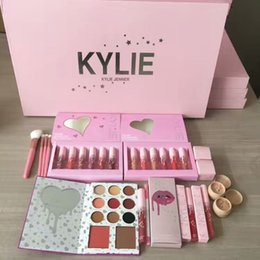 Wholesale Brush Bundle - Kylie THE BIRTHDAY COLLECTION I I WANT IT ALL BUNDLE Eyeshadow Palette Matte Liquid Lipsticks, the wet set, Make up brush by Kylie Cosmetics