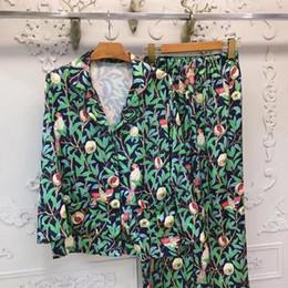 Wholesale Ladies Long Sleepwear - 2017 Fashion Design Ladies Pajama Sets Long Sleeve Top + Pants Pomegranate Print Sleepwear Nightgown Satin Silk