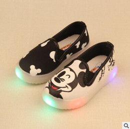 Wholesale Baby Girls Flat Shoes - Kids LED Shoes KT Cat LED Kids Flat Children Shoes For Girls Baby Canvas Casual Sneakers Kids Shoes of Chaussure Enfant 804