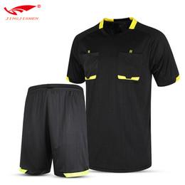7d859d0822511 2017 Hombres Profesional Survetement Fútbol Árbitro Jersey Establece  Árbitro Juez Uniforme Short + Camisa Chándales 5 Colores Kits de Árbitro
