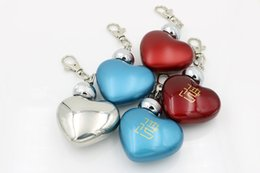 Wholesale Heart Shaped Pot Stainless Steel - 1oz Mini Heart Shaped stainless steel hip flask Silver Mirror Polished Keychain 1 OUNCE wine pot liquor flask flagon Drinkware jugs