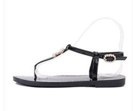 Wholesale women c thong - New Flat thong sandals women Flats sandals pearl Metal decoration C beach shoes pinch T slippers casual contracted Woman flip flops Sandals