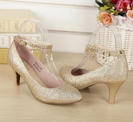 Wholesale med gold - Red & Gold wedding shoes Bridal Shoes with Sequins Kitten Heel Cone Heel Bling Sequins Crystal Women Shoes For Wedding SM25