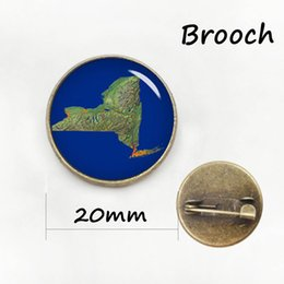 Wholesale American Earth - Retro ethnic style earth map brooches vintage world Intercontinental map pins fashion USA american city map badge men women