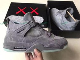 Wholesale Glow Dark Fishes - KAWS x retro 4 Cool Grey Basketball Shoes 930155-003 retro 4 VI Glow In The Dark grey suede shoes for men Sports Sneakers