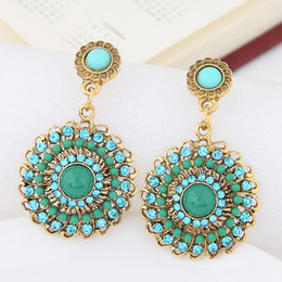 Wholesale Earings Designs - 2017 Fashion Vintage Stud Earrings For Women Elegant Hollow Design Earrings Colorful Round Earings Fashion Jewelry