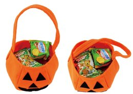 Wholesale Halloween Party Treats - 2018 New Trick or Treat Fashion Hot Halloween Smile Pumpkin Bag Kids Candy Bag For Children Handhold bag Festival Party Supplies CPA929