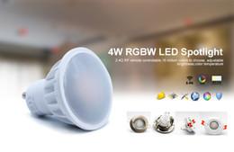Canada GU10 4W RGBW LED Spotlight Décoration de Noël 2.4G RF Télécommande LED Spot Light Compatible avec le pont de Wifi Offre