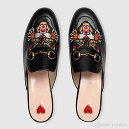 Wholesale Black Cat Slippers - 2017 Luxury Brand slippers women genuine leather mules flat slippers cat embroidery slippers casual fashion ladies shoes new summer S11