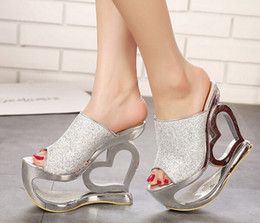 Wholesale European Fashion Girls Sandals - Wholesale-5-free shipping 2015 European pop adult shoes women platform slides sandals girls fashion heart heel summer heels gold bronze