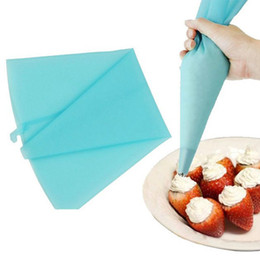 Wholesale Disposable Icing Piping Bags - Wholesale- High Quality Silicone Reusable Cream Pastry Icing Bag Piping Bag Cake Decorating Tool