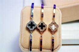 Wholesale invisible han - 2017 new han edition clovers bracelet Alloy color preserving of gold plating zircon bracelets wholesale