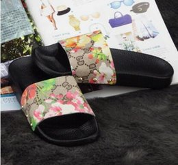 Wholesale Cowhide Heels - New female slippers Fashion Women's Casual Flats Shoes cowhide Leather comfortable contracted joker Sandals high quality Woman slippers