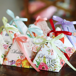 Wholesale Triangle Candy Bags - Free Shipping 50pcs with Ribbons Sweet triangle Paper Candy Box Wedding Favor Boxes Party Supplies Bags 5 Type Wedding Candy Box