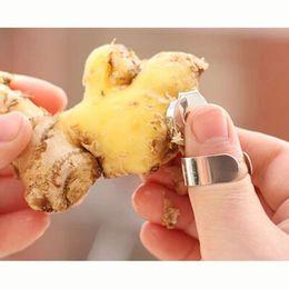 Wholesale Vegetable Fruit Peeling - Fruit and vegetable garlic peel Chinese chestnut ginger paring knife Creative fingers kitchen supplies New arrivel