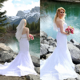Wholesale Elegant Style Crystals Wedding Dresses - Elegant Mermaid Beach Wedding Dresses Country Style Sweetheart Sleeveless Zipper Back Beads Crystals Embellished Appliques Bridal Gowns 2017