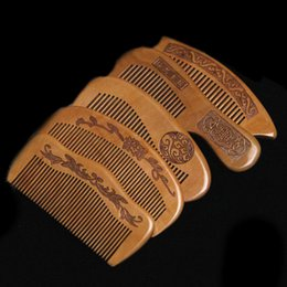 Wholesale Natural peach combs thickened carved wood combs Anti static massage scalp health portable hair comb wedding favor gifts