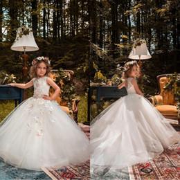 Wholesale organza butterflies purple - 2018 Holy Flower Girl Dresses For Weddings Princess Ball Gown Tutu Lace Beads Butterflies Kids First Communion Gowns