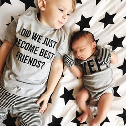 """Wholesale Funny Girl Baby Clothes - """"did we just become best friends"""" """"YEP"""" Letter Baby Boy Tshirt tops rompers Girl Clothes Harry Potter Funny O-Neck Bodysuit"""