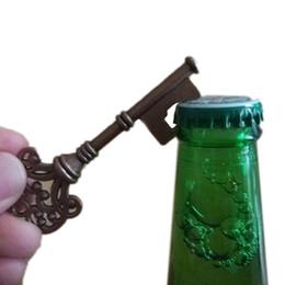 Bierflaschenöffner ring design online-Neuheit Schlüsselbund Key Design SUCK-UK Flaschenöffner Schlüsselring Bar Bier Flaschenöffner Unisex Dekorative Schlüsselbund Geschenk Öffnungswerkzeuge 3002028