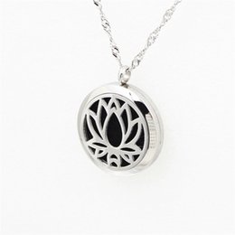 Wholesale Love Magnetic Necklace - Perfume Aroma Diffuser Locket Necklace Lotus Charm Pendant 316L Stainless Steel Magnetic Perfume Locket With Felt Pads