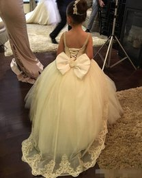 Wholesale Cheap Big Girl Wedding Dresses - 2017 Cheap Ball Gown Flower Girl Dresses for Weddings with Lace and Sequins Big Bow Back First Communion Dresses Girls Formal Birthday Gowns