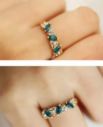 Wholesale Crystals For Decorating - New Fine Jewelry Vintage Gold Silver Color Ring Decorated By Flash Transparent Color Crystals Jewelry For Women