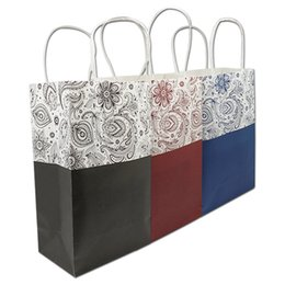 Wholesale Boutiques Paper Bags - 20pcs Lot 21*13*8cm Kraft Paper Flower Printing Shopping Bags For Clothes Boutique Packing W  Handle Handmade Christmas Gift Package Pouch