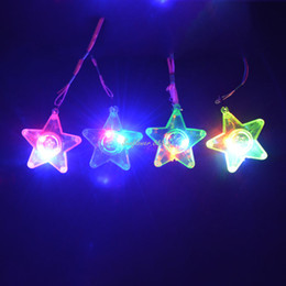 Wholesale Kids Led Flashing Necklaces - LED Light Up Flashing Star Necklace Rave Party Favors Kids Children Wedding Halloween Birthday Party Supplies