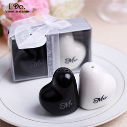 Wholesale Mr Salt Pepper - Wholesale- Free Shipping Mr & Mrs Salt & Pepper Shaker Wedding Favors And Gifts For Guests Souvenirs Decoration Event & Party Supplies