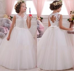 Wholesale Cheap Children Pageant Dresses - Cheap White Ivory Lace And Tulle Flower Girl Dresses For Weddings Ball Gown Princess Girls Pageant Gowns Children Communion Dress