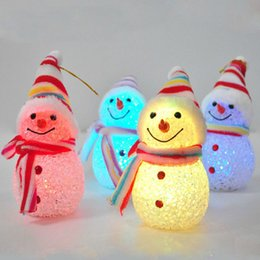 Wholesale Tree Doll Ornaments - Christmas Tree Ornaments White Snowman Dolls Xmas Decoration Shiny Particle Light LED Night Lamp Cute Snowman Shaped Wearing With Hat
