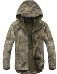 Wholesale Tad Gear Jackets - TAD Gear Tactical Softshell Camouflage Outdoors Men Army Sport Hoody Clothing Set Military Jacket s hunting clothes