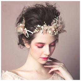 Européenne À La Main Rose Dentelle Fleur Bandeau Baroque Perles Bijoux Accessoires de Cheveux de Mariage Cristal Cheveux Décoration Hairband ? partir de fabricateur
