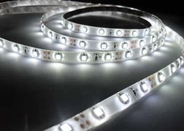 Livraison gratuite 12v / 24v SMD 3528 LED Bande 5m / rouleau 60leds / m IP20, IP65, IP68 Bandes Corde Chaud Blanc Rouge Bleu Lumières Lampe 12V Iluminacion Light ? partir de fabricateur