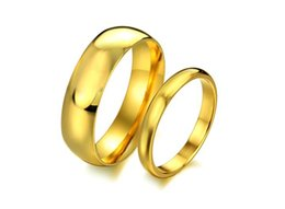 Wholesale Gold Comfort Fit Wedding Band - 2017 New Stylish Women Men Engagement Band Plating Gold Smooth Design Stainless Steel Comfort Fit Couple Ring Wedding Band