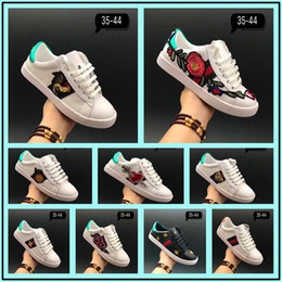 Wholesale Pineapple Love - 2017 New Designer Low Top White Leather Men Women Casual Shoes Fashion Tiger Pineapple Blind For Love Removable G G Sneakers