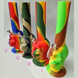 Pipas de fumar de metal fresco online-Calavera de silicona de agua de fumar pipa de agua en forma de bongs de camuflaje fantasma fresco percolador de aceite de vidrio concentrado de tubos de metal 9 colores