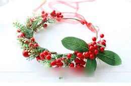 Wholesale Wedding Hair Wreaths - Christmas stereo Artificial berry flowers Wreath Garlands Wedding Bridal Bridesmaid Floral Headband Girls Hair Accessories C1901