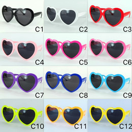 cheap color sunglasses Promo Codes - Cheap 2017 Colorful Love Sunglasses Women 13 Colors Party Heart Eyeglasses GAGA Star Style Very Cheap UV400