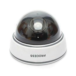 Cámara falsa con batería Parpadeo parpadeante LED Dummy domo cámara inalámbrica Cámara de vigilancia CCTV DVR de seguridad en el hogar en caja al por menor desde fabricantes