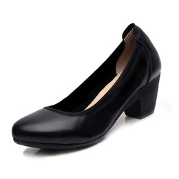 Wholesale Close Toed Heels - Women Genuine Leather Shoes Female Moccasins Loafers Soft Comfortable Casual Shoes Thick Heel Plus Size . ZSN002