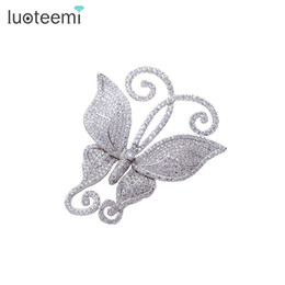 Wholesale Vintage Butterfly Pins - Fashion Vintage Butterfly Cute Brooch Pins for Women New Arrival Delicate Clear Shining CZ Rhinestone Wedding Bridal Brooches LUOTEEMI