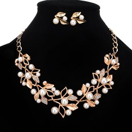 Wholesale Trendy Jewelry For Bridal - luxury sparkly Jewelry Sets for Wedding Prom Evening Cocktail Bridal Accessories Shinning Cheap In Stock 2016 shipped within 2 days 16012