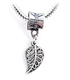 Wholesale Leaf Pattern Pendants - Korean fashion jewelry wholesale hollow pattern leaves loose Beads simple leaf pendant high quality metal Necklace accessories