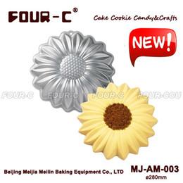Wholesale Ceramic Form - Wholesale- High quality Sunflower Aluminum Baking Pan Cake Baking Dish Candy Aluminum Mould Mold form to bake BakewareTools