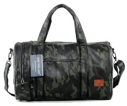 Wholesale factory outlet bags - Factory outlet brand mens bag Camo high-capacity portable satchel leisure travel bag Korean fashion camouflage leather hand bag