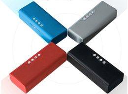 La source d'alimentation mobile bluetooth haut-parleur téléphone sans fil deux-en-un multi-fonction plug-in son portable lourde grave son arme ? partir de fabricateur